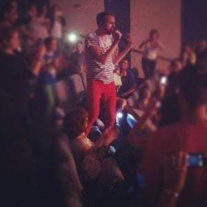 Christophe Willem envoûtant lors de son concert à Atlantia, à La Baule.